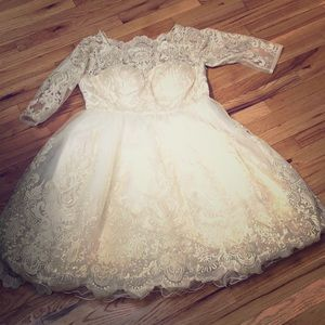 NWOT Lace Wedding Dress, Sz 16 — Retails $175